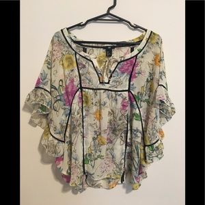 Fun, flirty top barely worn. H&M
